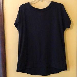 Women's never worn black Avia top